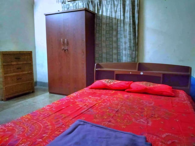 ☆Homestay in Dhaka mid city with Bath and Kitchen