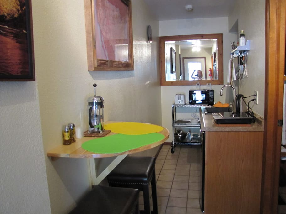 Kitchenette with table for two
