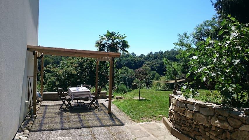 Erholungs Paradies im Malcantone, max. 4 Persone - Astano - Apartmen