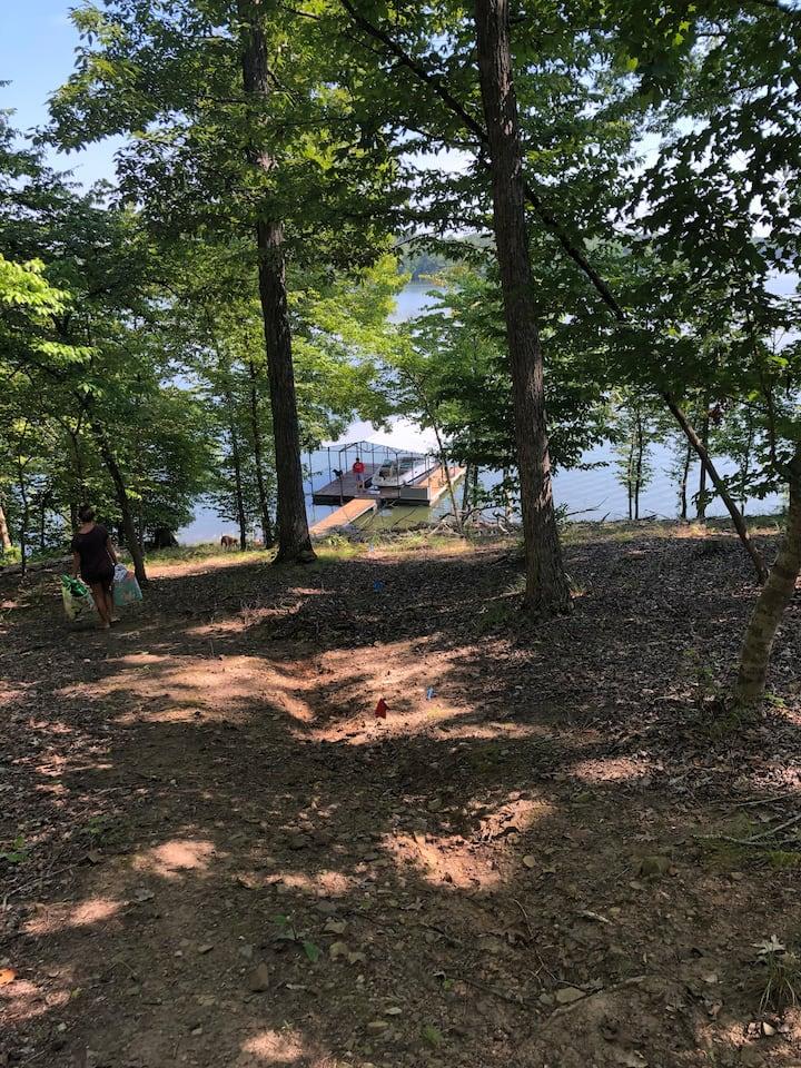 Mountain feel Lake Front home in Lincolnton Ga