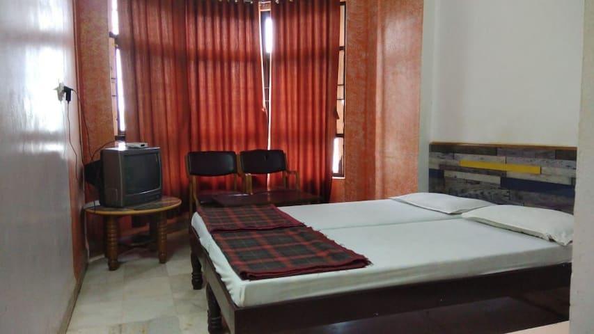 Hotel Vishwa, Budget Double Non AC Rooms - GADAG