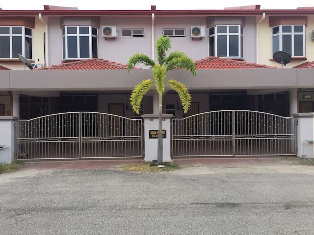 Utama Homestay Kubang Kerian 1390