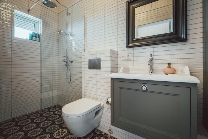 Your very own walk-in shower in an en-suite bathroom