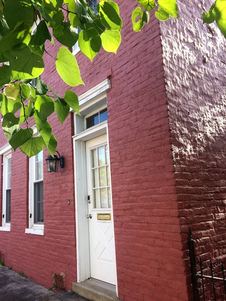 Charming 1907 Home in Historic Downtown Cumberland