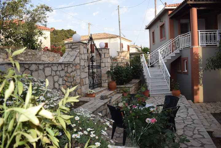 Casa Limnionas