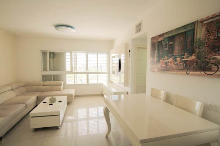 Beautiful 4 bedroom duplex apt.