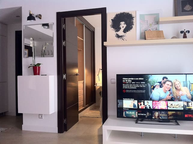 SuperComfy Wifi,Free Parking, 9min. away Atocha St - Madrid - Apartment