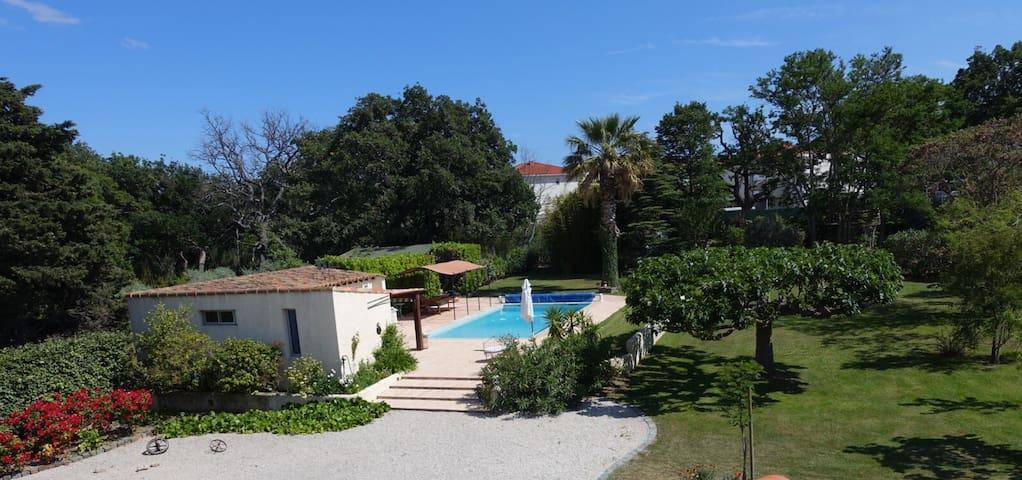 Pool-House avec piscine - Châteauneuf-les-Martigues - Casa