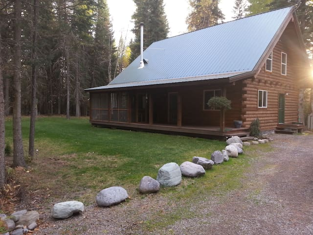 Cabin in the Woods - Bigfork - Apartment