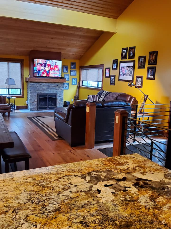 Newly remodeled Ketchum condo close to downtown.