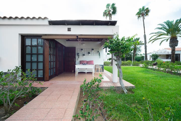 Bright Comfortable RELAXING Bungalow in MASPALOMAS