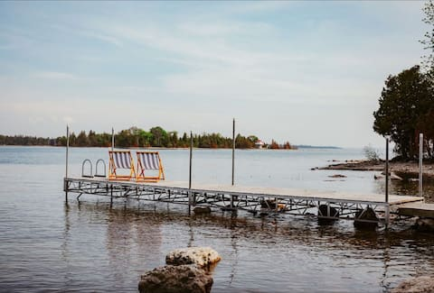 NEW LISTING!!! The Cabin on the Bay