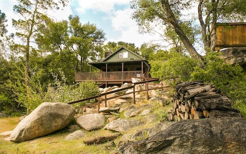 River Willow Cabin//Classic Kern Riverfront Lodge