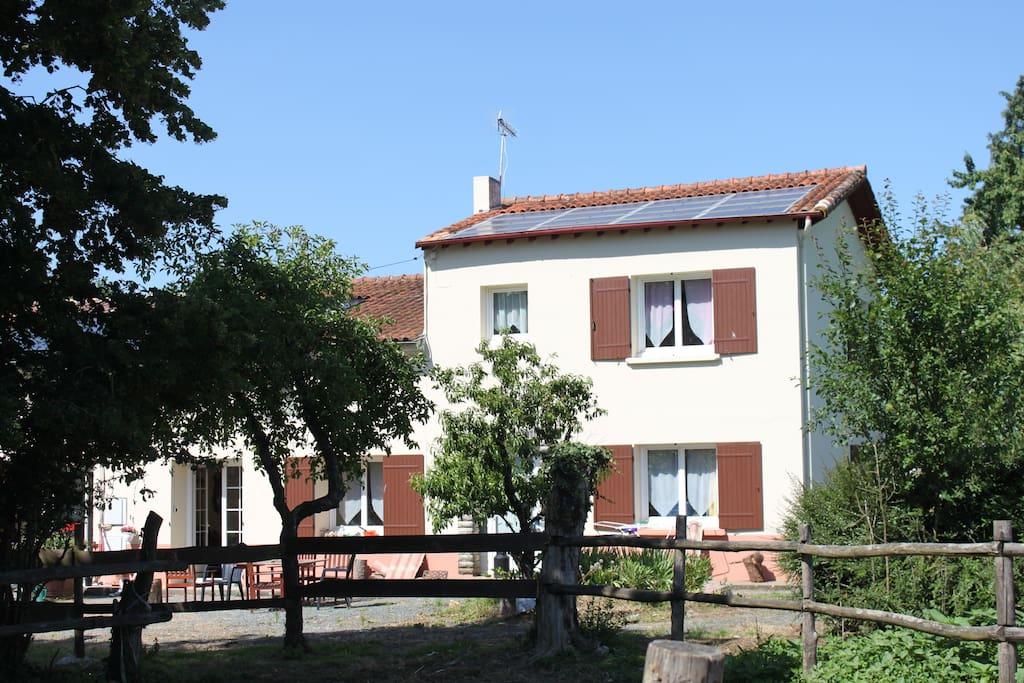 Chambre chez l 39 habitant houses for rent in villars en pons poitou charentes france - Location de chambre chez l habitant ...