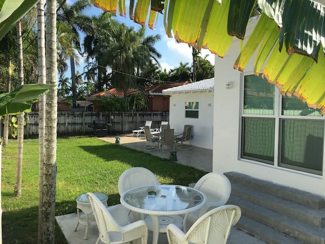 3Bd & 2Bth Special Prize Private Villa Miami Beach