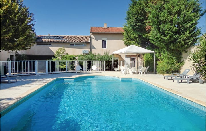 Nice home in Montagnac with WiFi and 7 Bedrooms
