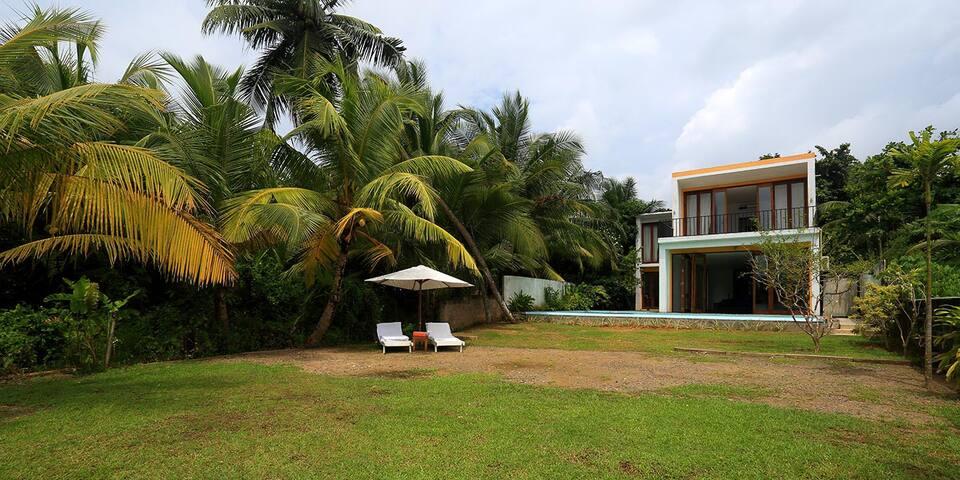 Blue Mangrove Villa, Benthota/ Standard room