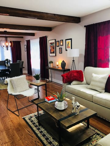 Literary Craftsman - Stay In Style, Notre Dame, IN