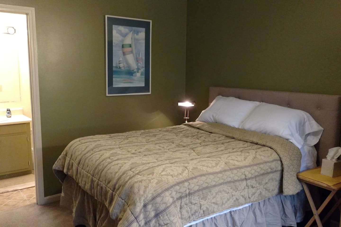 Room is comfortable for one person, a couple, a small family or a few friends