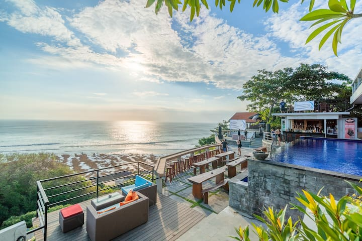 Ocean View Room for Feast Enthusiast at Uluwatu