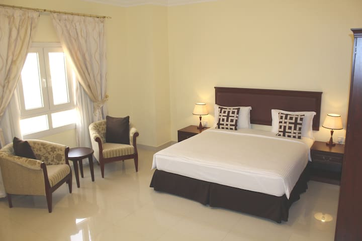 Two Bedroom Apartment : U R HOME !!