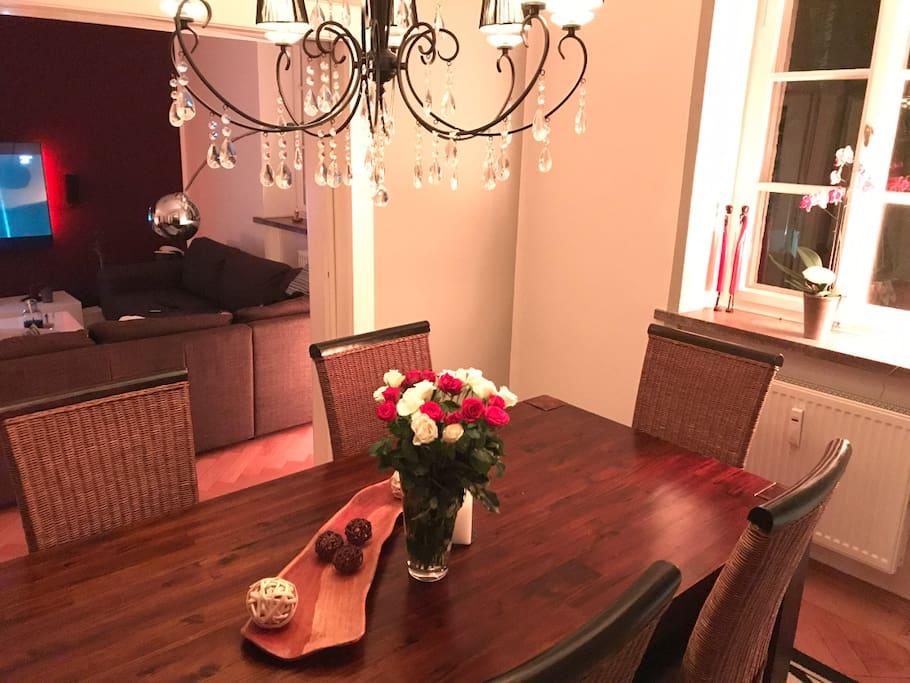 Esszimmer; dining room