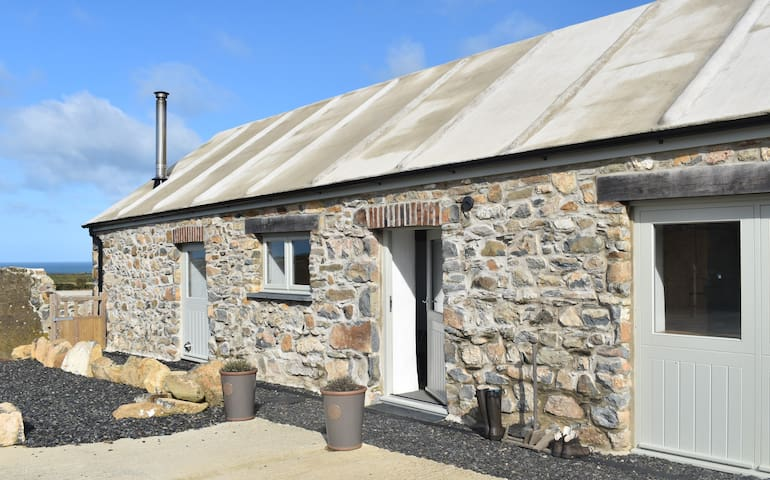 Treathro Farm stay on stunning Pembrokeshire coast