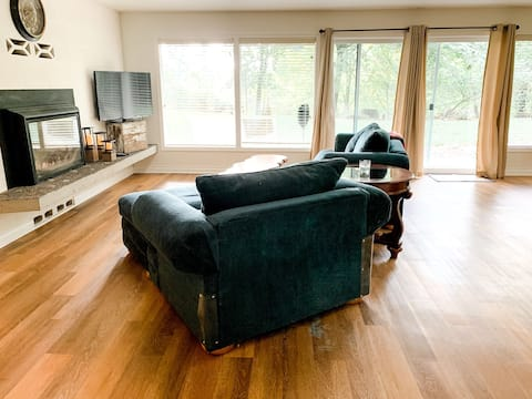 Newly Updated! Quiet, private suite in Lacey