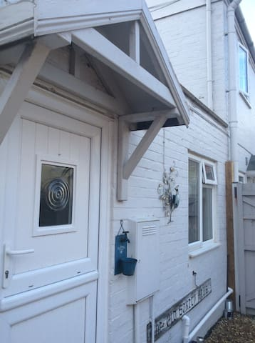 Beautiful Studio Sheringham with parking & patio - Sheringham - Appartement