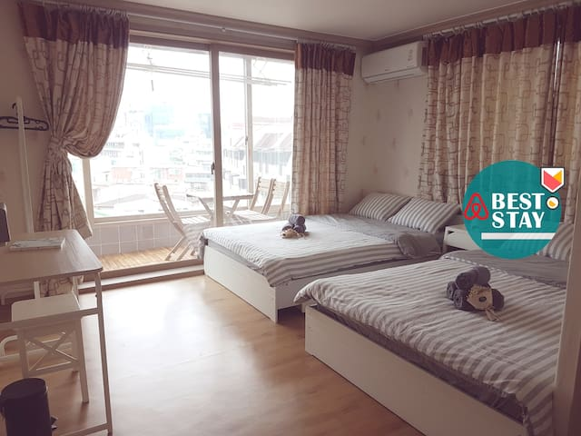 [Sinchon / Hongdae] Private Quad Room_Veranda