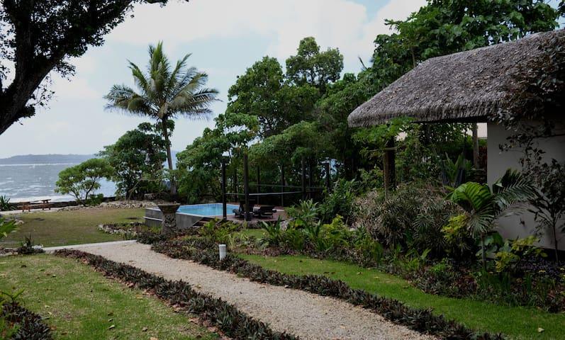 Villa Ducula, Gorgeous Private Seaside Bungalow