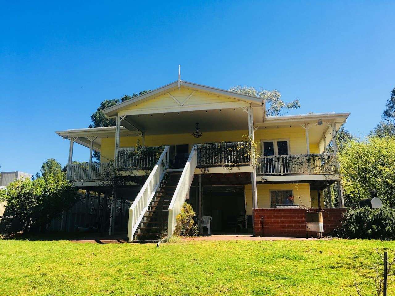 Murrundi Cliffs Walker Flat Riverfront Holiday Home with views of the river and cliffs beyond.
