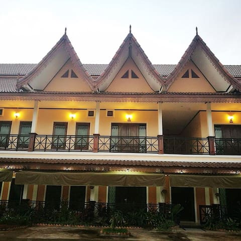 2 Bed, 2 bath, Furnished Apartment07 By Heuan laos