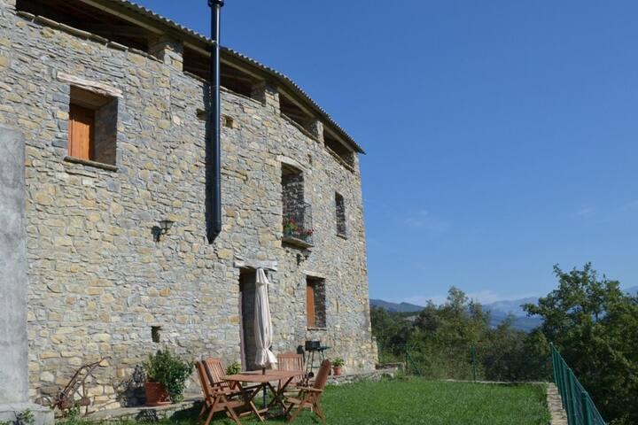 Casa con encanto en Campodarbe y vive el Pirineo