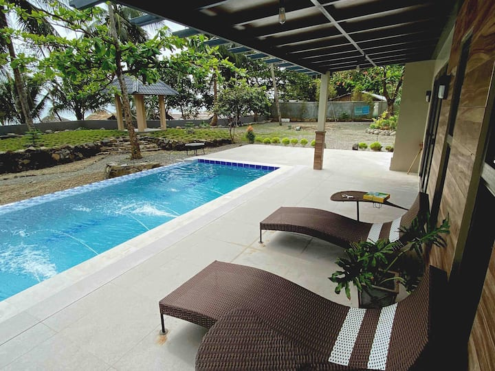 Private BEACH HOUSE w/  POOL, Real Quezon