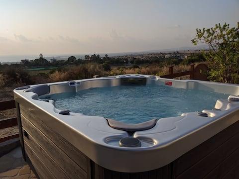 Stunning views in villa w/ hot tub, pool, garden