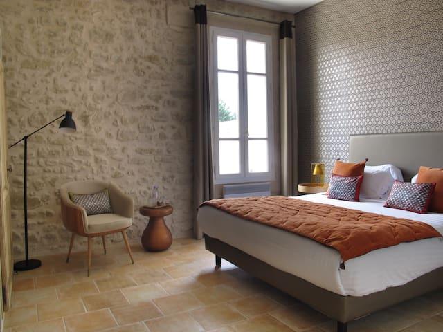 Chambre d'hôtes charme , proche Gordes Luberon