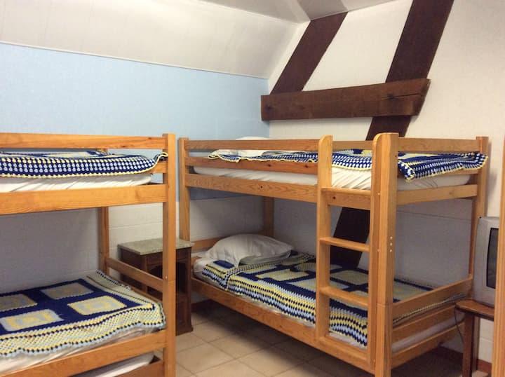 GÎTE DE LA FORET - chambre 2 à 8 personnes
