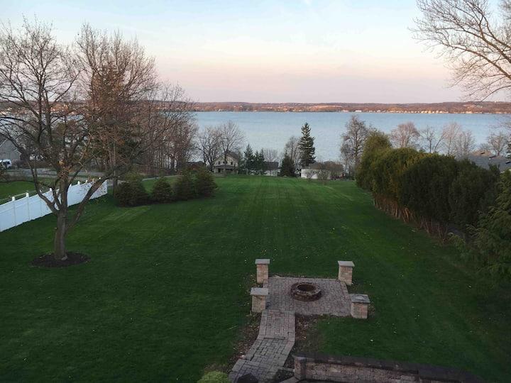 Beautiful Canadaigua House with Lake Access