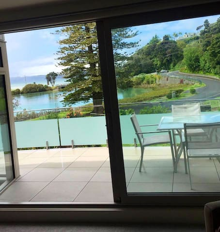 Paihia apartment 2 bathrooms pool and secure park