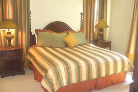 Private #3 Bedroom Condo at Lattera Resort - Св. Августин