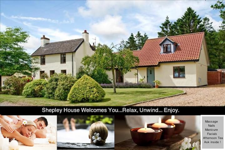 5/6 bed with woodland, pool,hot tub & open fire - Norfolk - Rumah