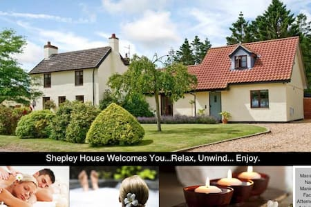 5/6 bed with woodland, pool,hot tub & open fire - Norfolk - House