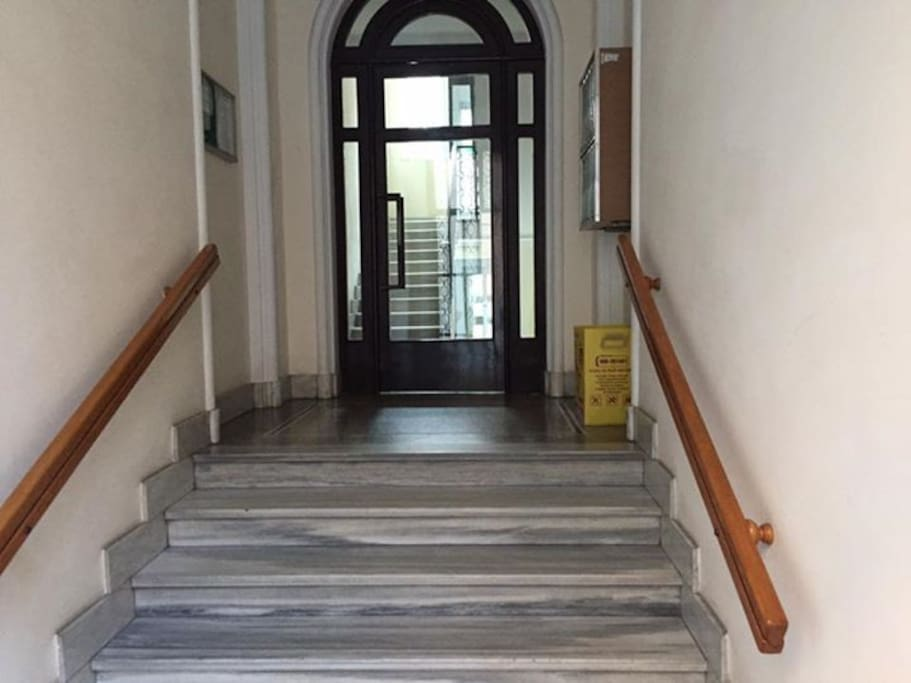 Bilocale bello arredato appartamenti in affitto a torino for Bilocale arredato torino