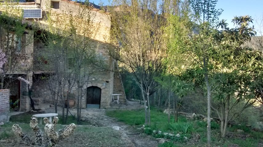 Farmhouse in the Montsec - Casa Sarral