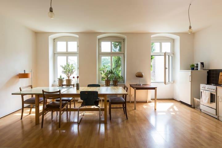 Room in Large, Bright Flat in Neukolln, Berlin