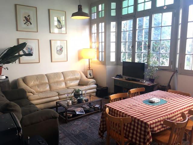 Habitación grande y privada en pleno Bellavista