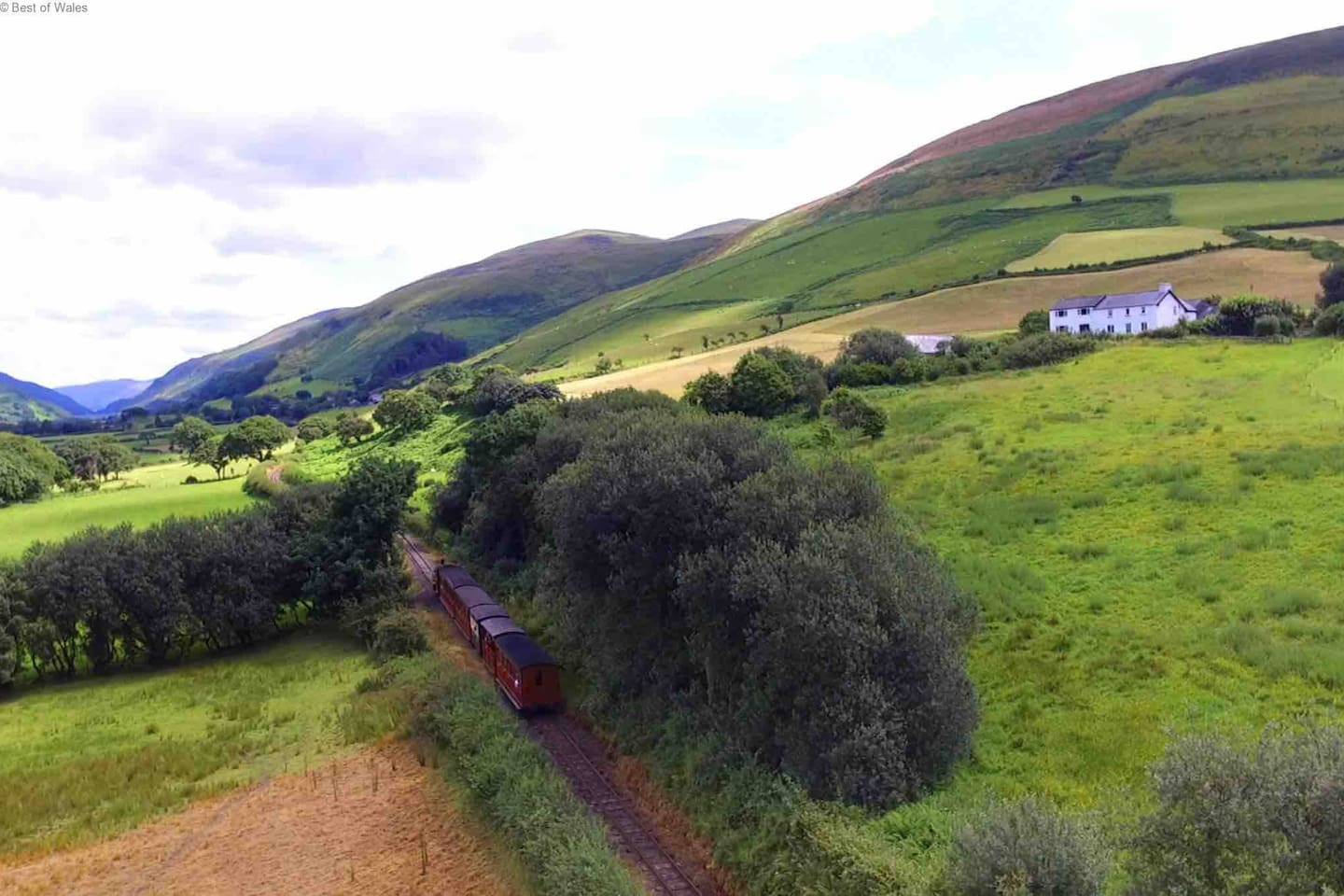Tal y Llyn steam train and the smallholding above