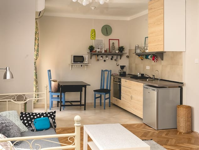 Family friendly flat near Danube and city centre!