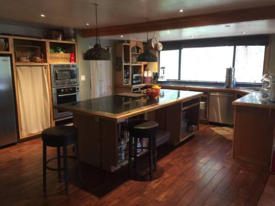 Kitchen granite & stainless steel